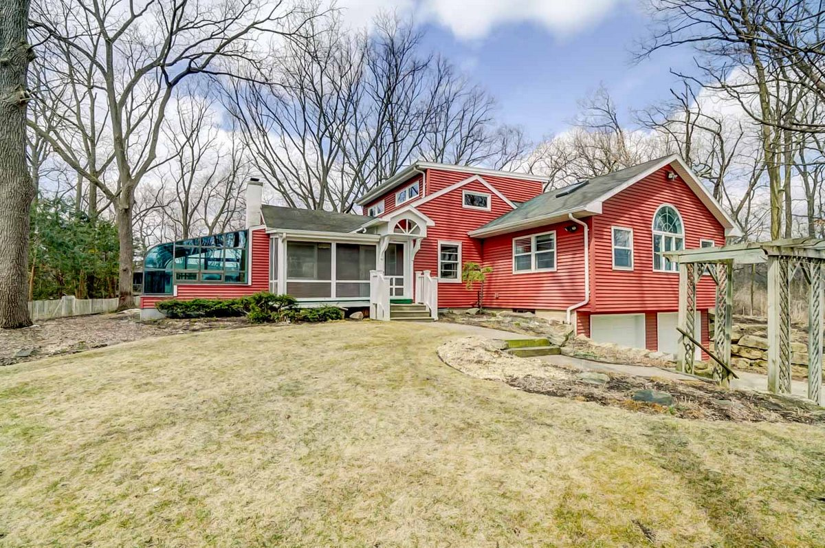 2657 Fitchrona Rd  Verona, WI 53593 - Keith and Kinsey Real